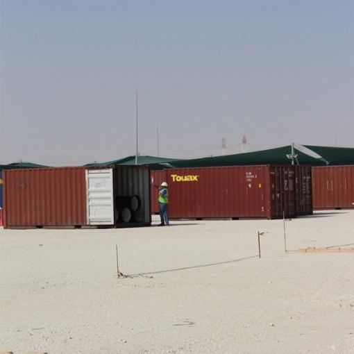 pipe unloading qatar distribution center